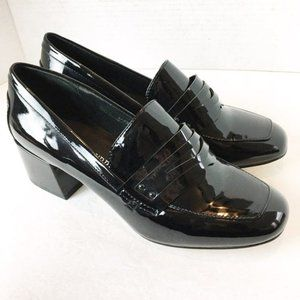 SZ 8 NEW Chinese Laundry Loafers Heel